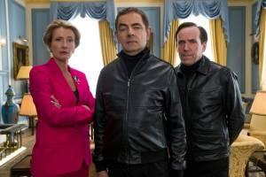 Johnny English Strikes Again: Emma Thompson (Prime Minister), Rowan Atkinson (Johnny English) en Ben Miller (II) (Bough)