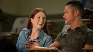 Julianne Moore en Joseph Gordon-Levitt in Don Jon