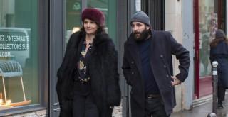 Juliette Binoche en Vincent Macaigne in Doubles vies