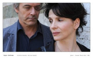 Juliette Binoche en William Shimell in Copie conforme