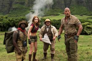 Jumanji: Welcome to the Jungle 3D: Kevin Hart (Moose Finbar), Karen Gillan (Ruby Roundhouse), Jack Black (Professor Shelly Oberon) en Dwayne Johnson (Dr. Smolder Bravestone)