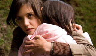 Katie Holmes en Bailee Madison in Don't Be Afraid of the Dark