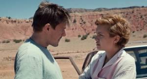 Katie Says Goodbye: Chris Lowell (Dirk) en Olivia Cooke (Katie)