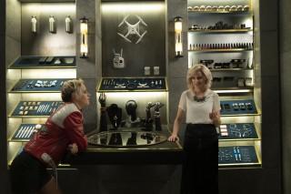 Kristen Stewart en Elizabeth Banks in Charlie's Angels