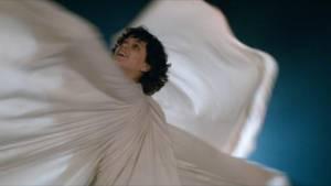 La danseuse: Soko (Loïe Fuller)