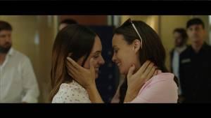 Berenice Bejo (Eugenia / Daughter) en Martina Gusman (Mia / Daughter)