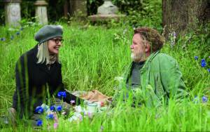 Ladies Night: Hampstead: Diane Keaton (Emily Walters) en Brendan Gleeson (Donald Horner)