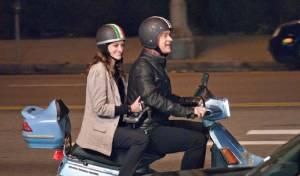 Larry Crowne: Julia Roberts (Mercedes Tainot) en Tom Hanks (Larry Crowne)
