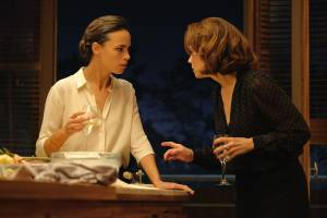 Le jeu: Berenice Bejo (Marie) en Suzanne Clément (Charlotte)