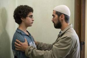 Idir Ben Addi (Ahmed) en Othmane Moumen (Imam Youssouf)