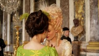 Léa Seydoux en Diane Kruger in Les adieux à la reine