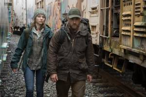 Leave No Trace: Thomasin McKenzie (Tom) en Ben Foster (Will)