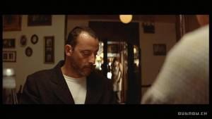 Jean Reno (Leon)