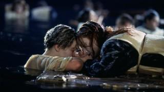 Leonardo DiCaprio en Kate Winslet in Titanic