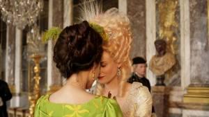 Léa Seydoux (Sidonie Laborde) en Diane Kruger (Marie Antoinette)