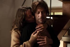 Les fantômes d'Ismaël: Marion Cotillard (Carlotta) en Mathieu Amalric (Ismael Vuillard)
