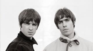 Noel Gallagher en Liam Gallagher in Oasis: Supersonic