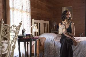 Live by Night: Zoe Saldana (Graciella Suarez)