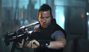 Lockout: Guy Pearce (Snow)