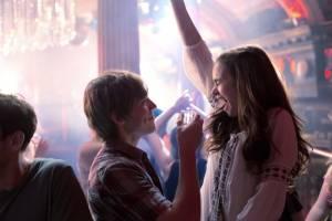 Love, Rosie: Sam Claflin (Alex Stewart) en Lily Collins (Rosie Dunne)