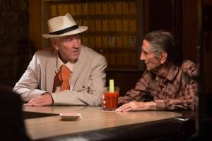 Lucky: David Lynch (Howard) en Harry Dean Stanton (Lucky)