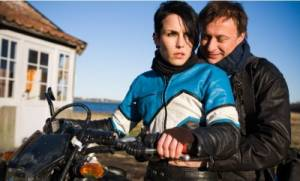 Män som hatar kvinnor: Michael Nyqvist (Mikael Blomkvist) en Noomi Rapace (Lisbeth Salander)