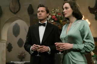 Brad Pitt en Marion Cotillard in Allied