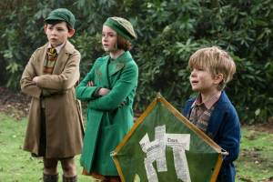 Mary Poppins Returns (NL): Nathanael Saleh (John Banks), Pixie Davies (Anabel Banks) en Joel Dawson (Georgie Banks)