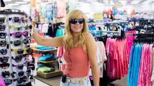Kristen Wiig (Kelly)