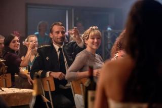 Matthias Schoenaerts en Léa Seydoux in Kursk