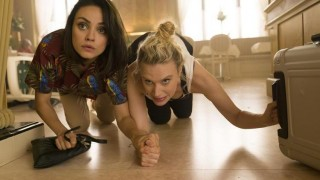 Mila Kunis en Kate McKinnon in The Spy Who Dumped Me