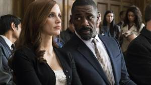 Molly's Game: Jessica Chastain (Molly Bloom) en Idris Elba