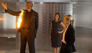 Morgan Freeman, Laura Cayouette en Mélanie Laurent in Now You See Me