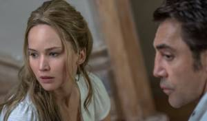 Mother!: Jennifer Lawrence (Mother) en Javier Bardem (HIM)