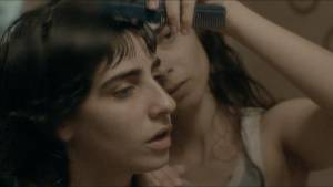 Next to Her: Dana Ivgi (Gabby) en Liron Ben-Shlush (Chelli)