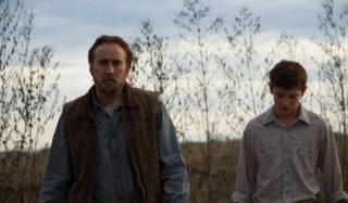 Nicolas Cage en Tye Sheridan in Joe