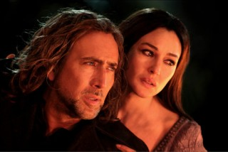 Nicolas Cage en Monica Bellucci in The Sorcerer's Apprentice