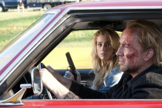 Nicolas Cage en Amber Heard in Drive Angry 3D