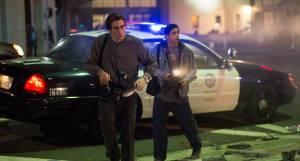 Jake Gyllenhaal (Lou Bloom) en Riz Ahmed (Rick)