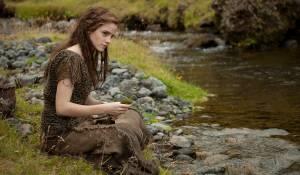 Emma Watson (Ila)