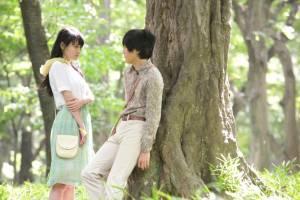Noruwei no mori: Rinko Kikuchi (Naoko) en Ken'ichi Matsuyama (Toru Watanabe)