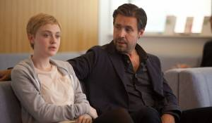Now Is Good: Paddy Considine en Dakota Fanning (Tessa Scott)