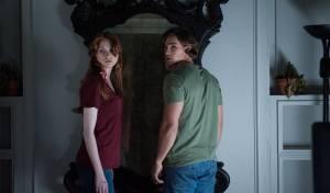 Oculus: Karen Gillan (Kaylie Russell) en Brenton Thwaites (Tim Russell)