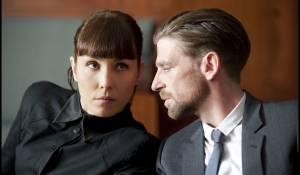 Passion: Paul Anderson en Noomi Rapace (Isabelle James)