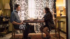 Paterson: Adam Driver (Paterson) en Golshifteh Farahani (Laura)