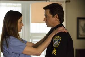 Patriots Day: Michelle Monaghan (Carol Saunders) en Mark Wahlberg (Sgt. Tommy Saunders)