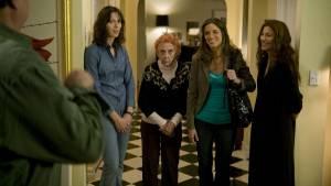 Please Give: Rebecca Hall (Rebecca), Catherine Keener (Kate), Amanda Peet (Mary) en Oliver Platt (Alex)