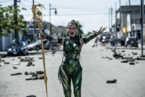 Power Rangers: Elizabeth Banks (Rita Repulsa)