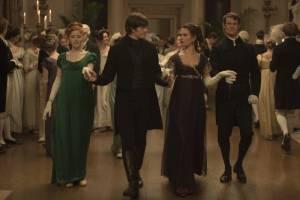 Pride and Prejudice and Zombies: Bella Heathcote (Jane Bennet), Sam Riley (Mr. Darcy), Lily James (Elizabeth Bennet) en Matt Smith (Mr. Collins)
