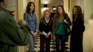 Rebecca Hall, Catherine Keener, Amanda Peet en Oliver Platt in Please Give